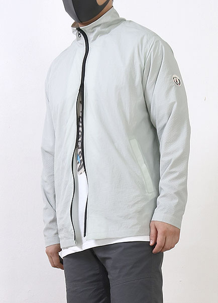 [더오피셜위크앤드]ULTRA LIGHT ACTIVE WINDBREAKER JACKET